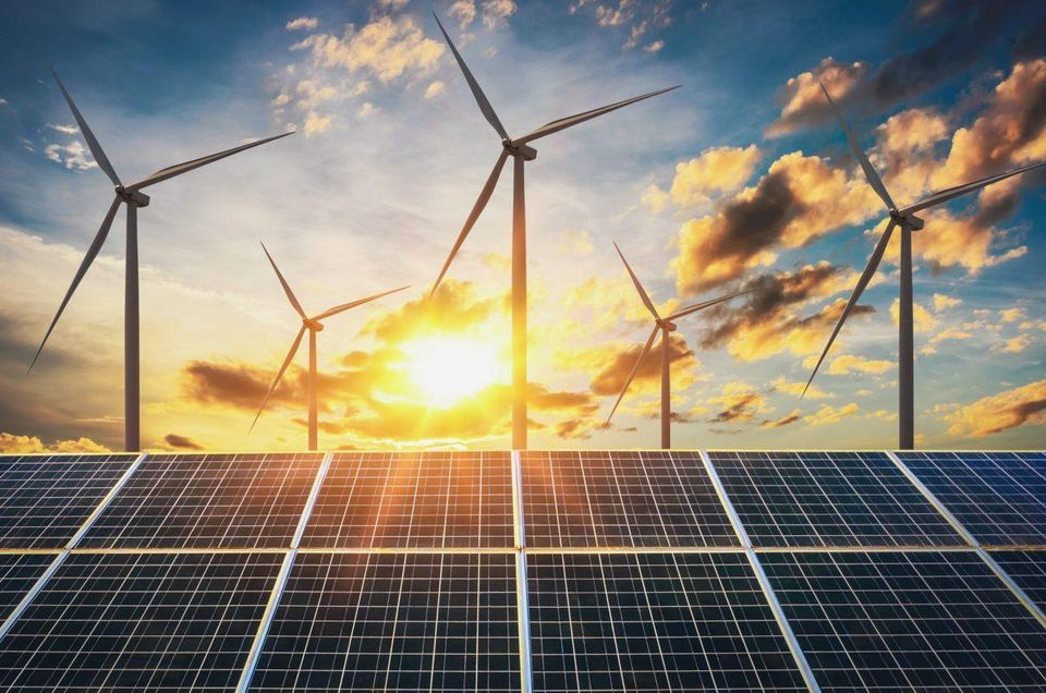 Follow the best suggestions to become a successful renewable energy entrepreneur